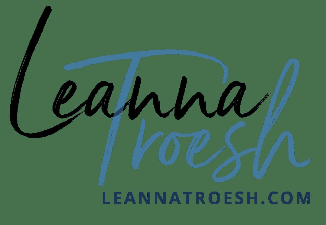 Leanna Troesh Signature - Social copy
